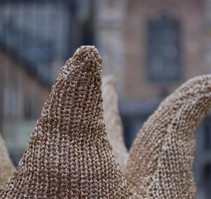 Aachen strickt Macht Krone