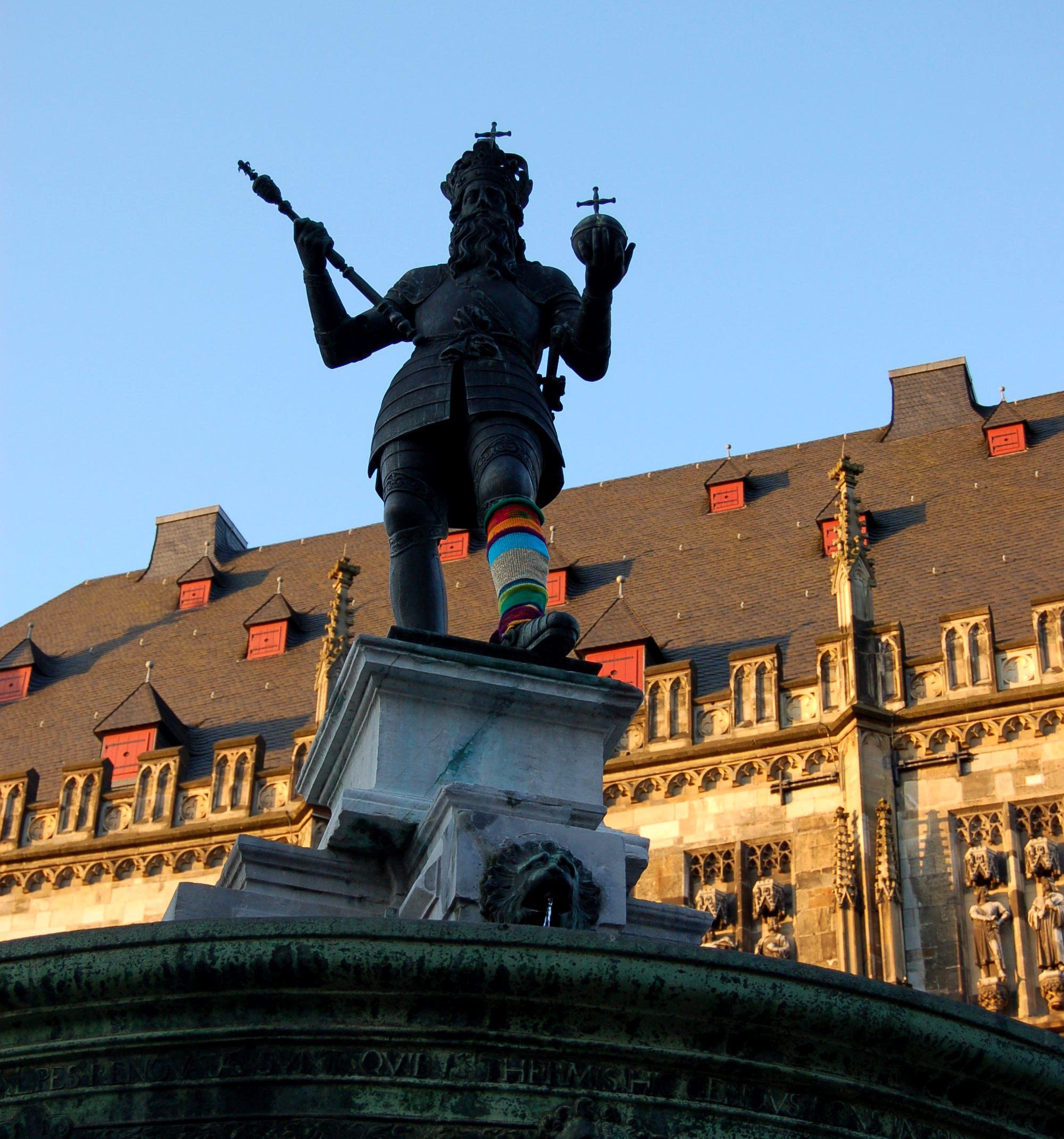 Aachen-strickt-schön-Kaiser-Karl-1
